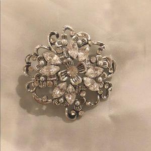 Beautiful silver Swarovski crystals and pearls